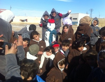 Clothing program - projects/clothing_program/aleppo_schools_2013_dec07.jpg