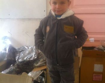 Clothing program - projects/clothing_program/aleppo_schools_2013_dec15.jpg