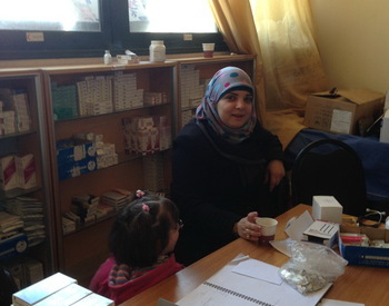 Helping internal displaced people in Aleppo - projects/helping_internal_displaced_people_in_aleppo/trip_march_2014_(110).jpg